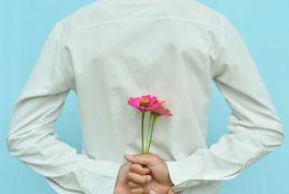 片思い相手の女子には彼氏が……それでもアタックする男子の割合は?