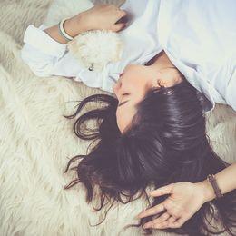 朝起きられない……一人暮らしのだらけた生活をやめる方法8選