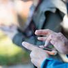 今年の新社会人、初めて携帯電話を持ったのは15歳が最多【新社会人白書2017】