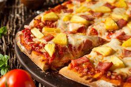 大統領の禁止発言で話題……ピザにパイナップルってあり? なし?