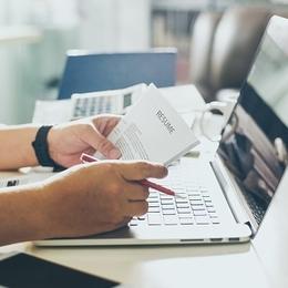 履歴書を郵送するときの封筒の書き方やマナーは? 知っておきたいポイントまとめ