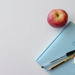 【バイト体験談】生徒の成績を上げるだけが仕事じゃない?! 塾講師バイトのリアルを経験者が紹介【学生記者】