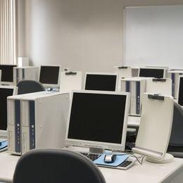 大学生なら共感必至! 学内PCルームあるある6選「ID忘れでログインできない」