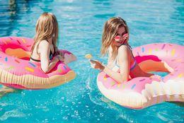 この夏、海やプールに行く大学生は24.9%! 水着に抵抗がある人が多い?