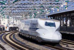 【新幹線の学割】料金やお得な買い方まとめ! 安く帰省する方法とは?