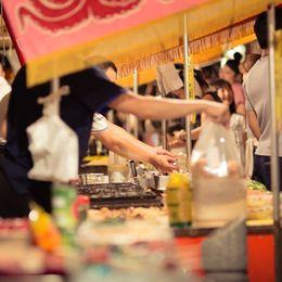 大学生が夏祭りの屋台で食べたい食べ物ランキング! 2位焼きそば