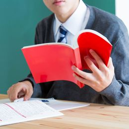 好きな大学に入学できたら? 社会人が入学したい大学Top5! 3位慶應、2位京大