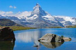 スイスのおすすめ観光地20選! マッターホルンなど登山家がうなるスポットを紹介