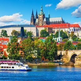 チェコのおすすめ観光地20選! 音楽や芸術にあふれる街で訪れる場所とは?
