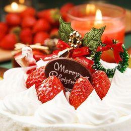 【バイト体験談】短期バイトで賢く稼ぐ! クリスマスケーキ製造バイト【学生記者】