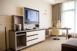 一人暮らしにぴったりなテレビとは? サイズやデザインの選び方