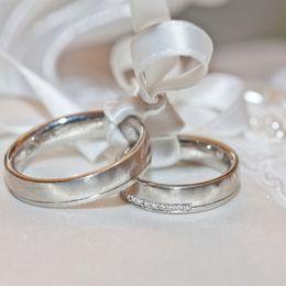 やっぱり必要? 男子大学生の8割が「結婚するなら結婚指輪がほしい」と回答!