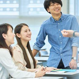 大学生の76.8%がサークル・部活に入部すべきと回答! その理由は……?