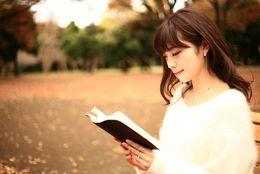 おすすめの恋愛小説20選! 幸せについて考えさせられる……大学生のうちに読んでおきたいラブストーリーは?