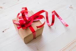 女子が喜ぶ! 1,000円で買えるおすすめプレゼント15選!