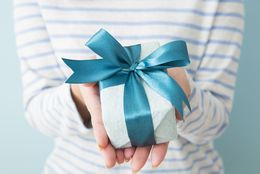 男子が喜ぶ、1,000円で買えるおすすめプレゼント15選!