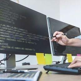 プログラミングスクールの費用相場は? 大学生にオススメのスクールを解説