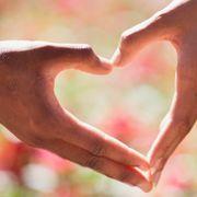 社会人の恋愛を長続きさせるには? 「恋と仕事両立度」診断!