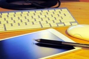 就活の情報収集は?「就職サイト」が圧倒的支持。「SNS」で企業や就活仲間のリアルな声も