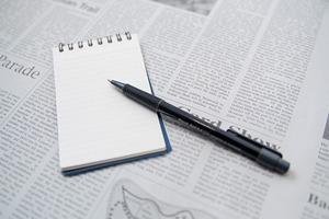 金融系業界志望者が読んでおきたい雑誌&ウェブサイト