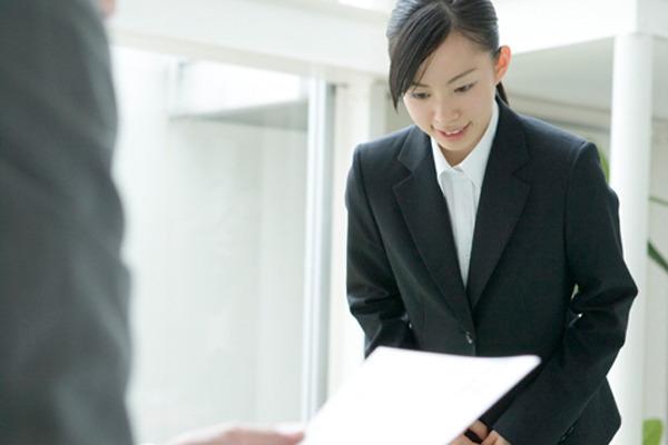 「言葉遣い」が面接での印象を左右するって本当? あなたの日本語力をチェック
