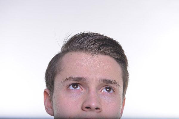 髪質で違う! 清潔感をアピールするための、就活男子のスタイリング剤の使い方