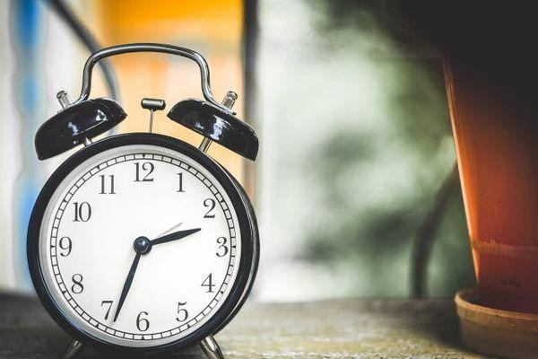 知られざる目覚まし時計のなが~い歴史
