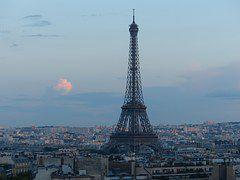 カップルにおすすめ♪パリでキスするのにぴったりな場所教えます!