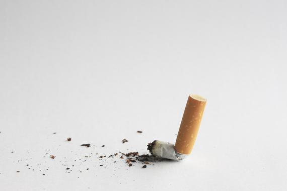 タバコを吸っていると損する10の理由