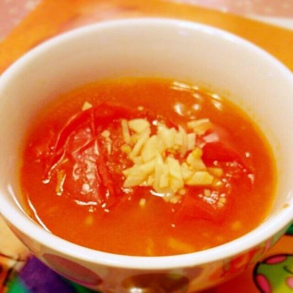 ★ミニメシ!★水ナシでチンするだけ!トマトスープ