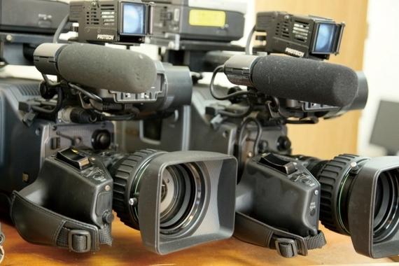 【Q&A】テレビ局でアルバイトをしたいんですけど、どうしたらテレビ局でアルバイトができますか?