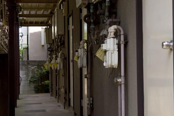 【Q&A】学生寮の入寮を検討しています。寮って生活必需品は準備されてる?