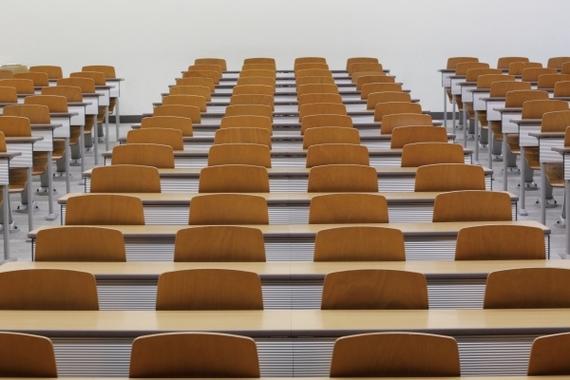 【Q&A】履修について質問です!授業を1日にたくさん入れようと思っています。しかし詰め込むのは大変ですか?