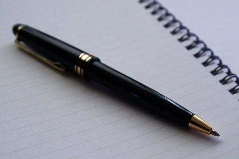 【Q&A】試験などでペン書き指定がよくありますがどのようなペンを買っておくべきでしょうか。