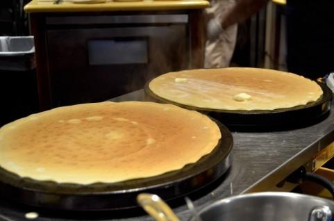 【Q&A】早稲田祭の屋台で1番食べたいものってなんですか?