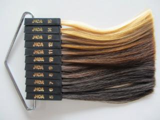 髪色はどこまで明るくしていいのでしょうか?