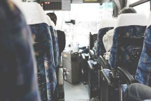必ず役に立つ! 長距離バスを快適に過ごすための7つの方法