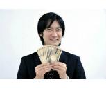 社会人に聞いた、今までで一番儲かった副業「和文英訳→時給1万円」「中古PCのカスタマイズ→30万円」