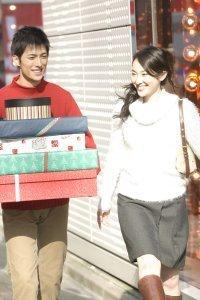 学生の3割が恋人あり。クリスマスプレゼントの予算は、男性が●倍!