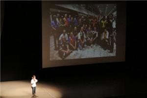 震災の体験を伝え、ありがとうを言うために、 私自身が世界を巡る「メディア」になりたい。