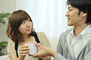 結婚したい人が8割以上! 大学生の結婚願望。