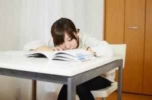 学生の本分は「学業」? それとも「恋愛」?