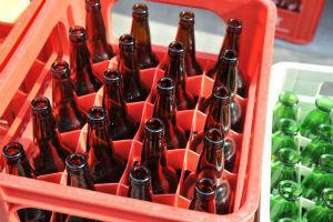 最近見かけないビールの大瓶、どこへ行った? なぜなくなったの?