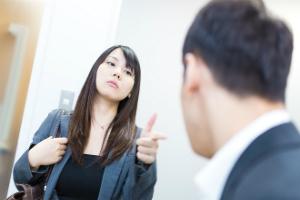 結婚に向いてなさそうな人の特徴「自分ルールを破られると怒り出す」「男性をATMと勘違いしている」