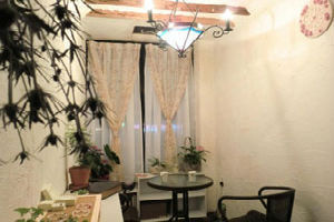 インテリアにこだわるライターに聞く! 「一人暮らしの部屋をおしゃれに見せる方法」