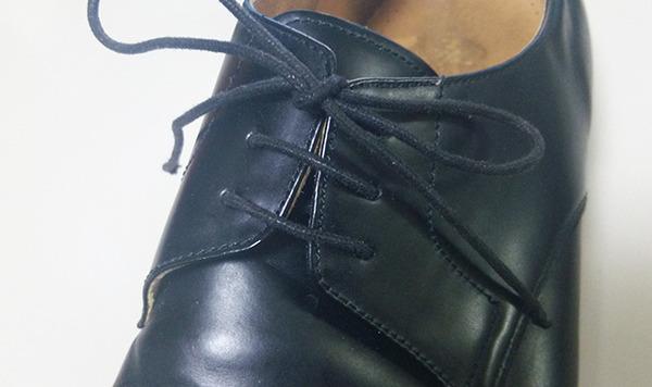 ほどけない靴紐の結び方のコツ! きれいでかっこよく結べる方法をマスターしよう