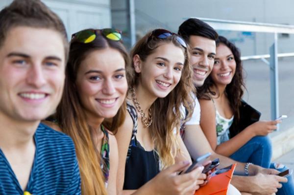 海外では一定層の新入生が20代半ば!? 日本の大学生が若過ぎる件