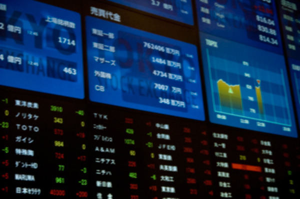 「PER」「EBITDA倍率」株式投資で必須! 企業の評価額がわかる4つの指標とは