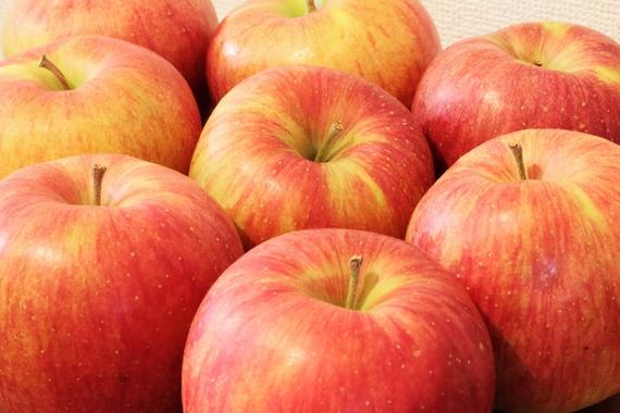 食べて筋肉減少を食い止められる!? 手軽に摂取できるアンチエイジング食品はあの果物