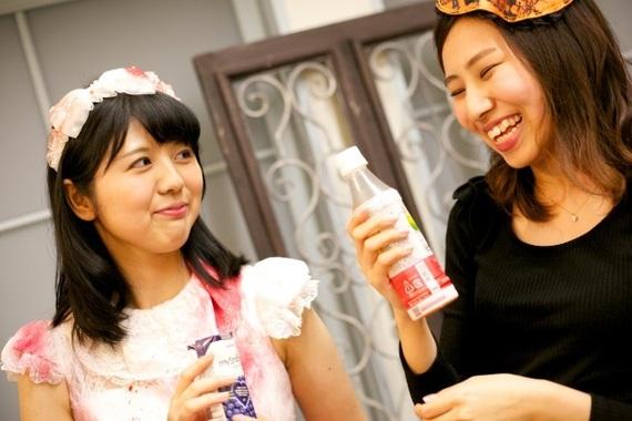【2015ハロウィン】仮装のお手本はこれ!女子大生16人のハロウィンコスプレ女子会に潜入